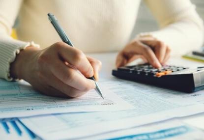 一般纳税人转小规模纳税人的条件?小规模纳税人跟一般纳税人怎么选择?